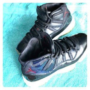 Jordan 11 72-10's mint condition  size10